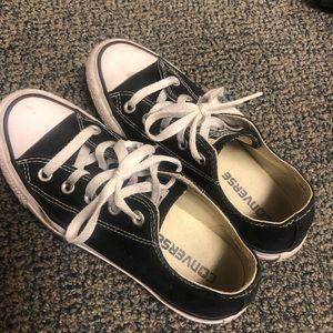 Black used converse